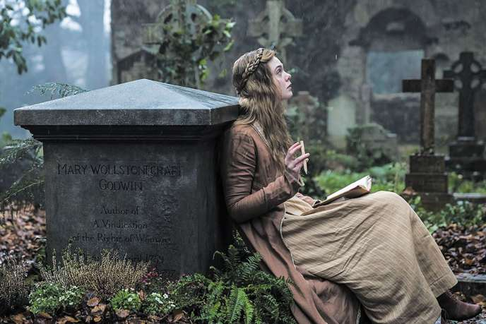 Elle Fanning dans «Mary Shelley» de Haifaa Al-Mansour.