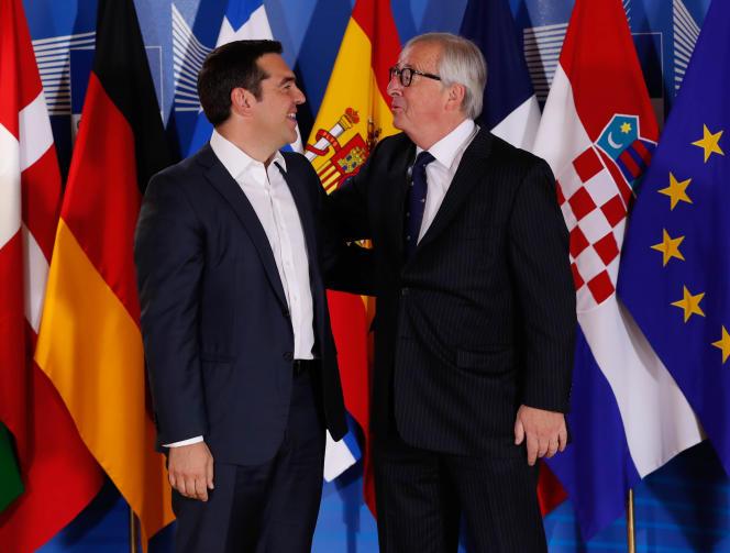Lepremier ministre grec, Alexis Tsipras (à gauche), et leprésident de la Commission européenne, Jean-Claude Juncker, à Bruxelles, le 24 juin.