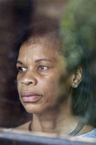Mais il n'a plus la même signification, comme l'explique Andrea Douglas, directrice du centre sur l'héritage afro-américain de l'école Jefferson. La statue était le symbole d'un ordre établi dans les années 1920, érigée en une période de réaction, alors que les Noirs étaient privés de leurs droits civiques. Elle est aujourd'hui l'incarnation d'un combat.