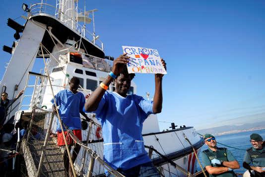 Près de 87 migrants sont arrivés jeudi 9 août dans le port d'Algésiras.