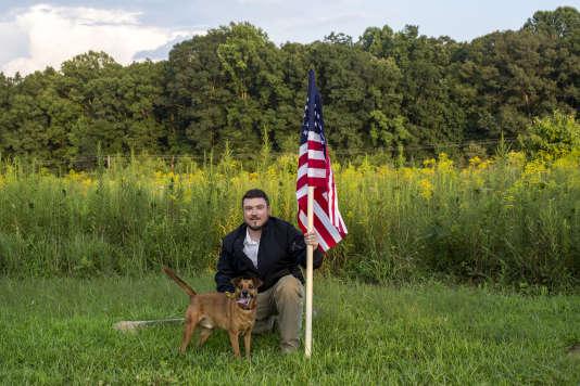 Jason Kessler, l'organisateur du défilé de 2017 sous le slogan «Unite the Right», au Preddy Creek Trail Park de Charlottesville, le 6 août.