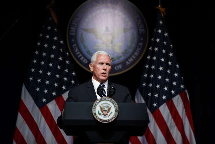 Le vice-président des Etats-Unis, Mike Pence, le 9 août au Pentagone, à Washington.