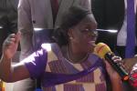 Simone Gbagbo, lors de sa conférence de presse à son domicile d'Abidjan, quelques heures après sa libération, le mercredi 8 août.