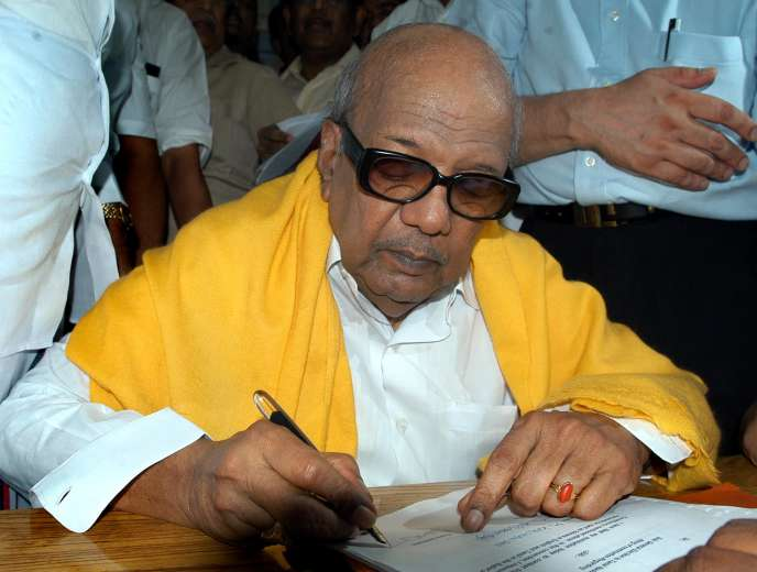 Muthuvel Karunanidhi, cofondateur du parti de la Fédération dravidienne du progrès (DMK), en avril 2006.