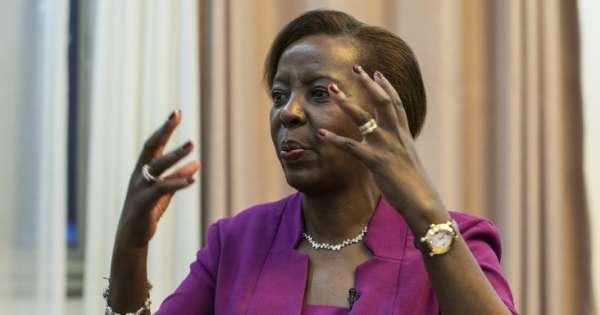 La ministre rwandaise des affaires � trang� res salue une