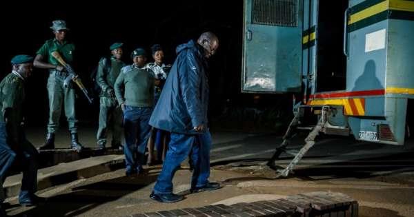 au-zimbabwe-les-déboires-de-l'opposant-tendai-biti