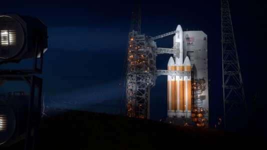 De la taille d'une voiture pour un coût d'1,5 milliard de dollars, la Parker Solar Probe devait décoller samedi 11 août au sommet de la fusée Delta IV-Heavy depuis Cap Canaveral, en Floride.
