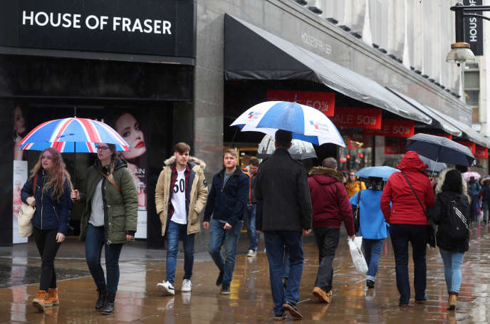 Un magasin House of Fraser à Oxford Street, à Londres, le 2 avril.
