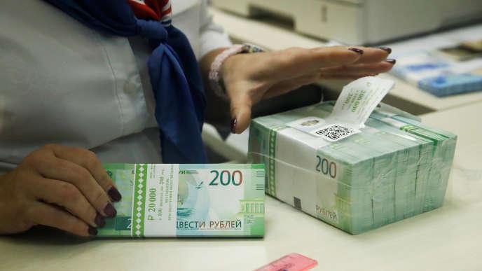 Les entreprises candidates à ces paradis fiscaux devront investir un minimum de 100 millions de roubles par an dans le pays.