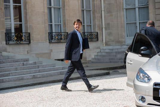 Le ministre de la transition écologique et solidaire, Nicolas Hulot, à la sortie du conseil des ministre, au palais de l'Elysée, le 25 juillet.