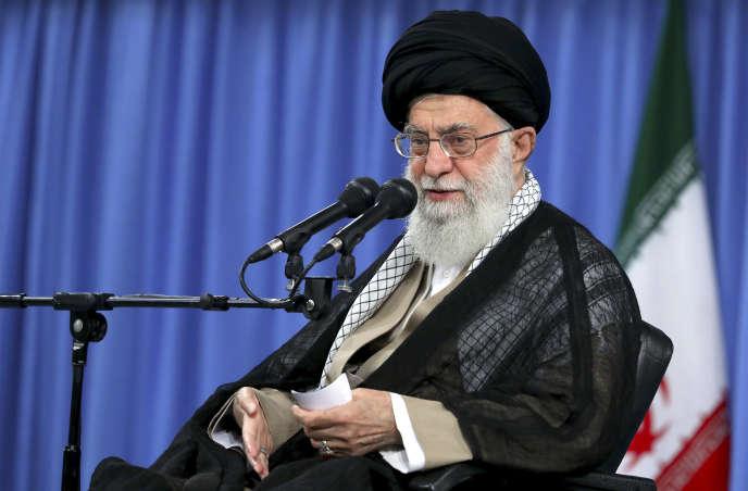 Le guide suprême iranien, Ali Khamenei, à Téhéran, le 13 août.