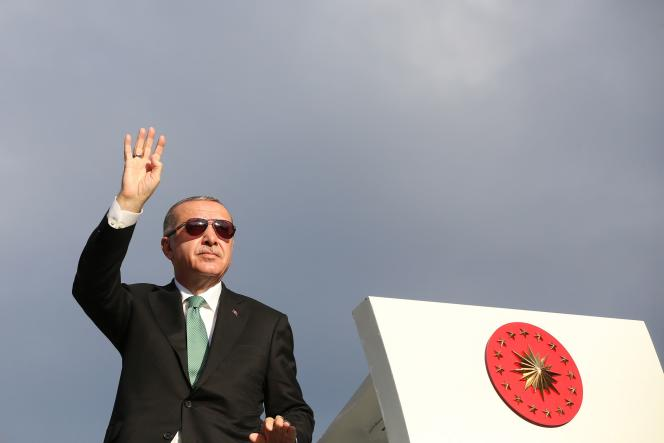 Recep Tayyip Erdogan à Trabzon, sur la mer Noire, le 12 août.