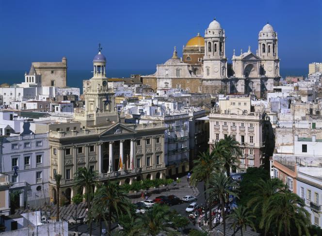 « En Andalousie, au sud de l'Espagne,à Cadix, à Séville ou à Grenade, le prix du mètre carré oscille entre 1 500 euros et 2 000 euros».