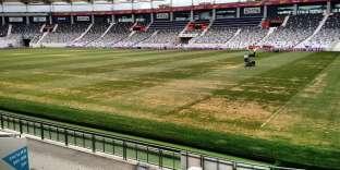 En août2016, la pelouse du Stadium de Toulouse était ravagée par un champignon.