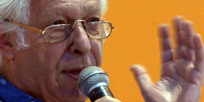 L'économiste Samir Amin au Forum social mondial de Bombay, en 2004.