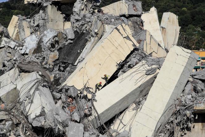 Le pont Morandi de Gênes s'est effondré sur plus de 200 mètres, le 14 août à 11 h 40.