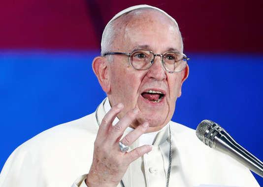 Le pape à appeler les catholiques à«dénoncer tout ce qui met en péril l'intégrité de toute personne».