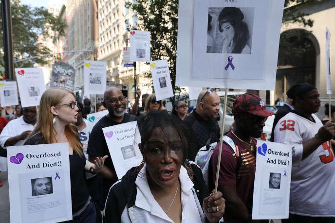 Une manifestation réclamant des actions contre les overdoses, le 31 août 2017, à New York.