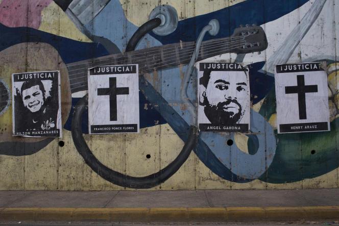 Des affiches montrent les visages de quelques unes des victimes des milices pro-gouvernementales, à Managua, le 28 juillet.
