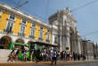 « D'une certaine manière, le succès portugais et le marasme français ne sont que l'avers et le revers d'une même réalité, en un curieux jeu de vases communicants à l'échelle européenne.» (Touristes à Lisbonne le 17 août).