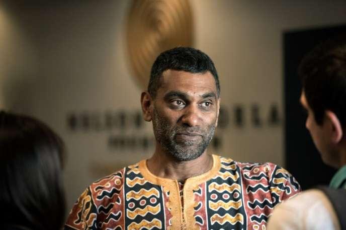 Le Sud-Africain Kumi Naidoo, nouveau secrétaire général d'Amnesty International, à Johannesburg, le 16août 2018.