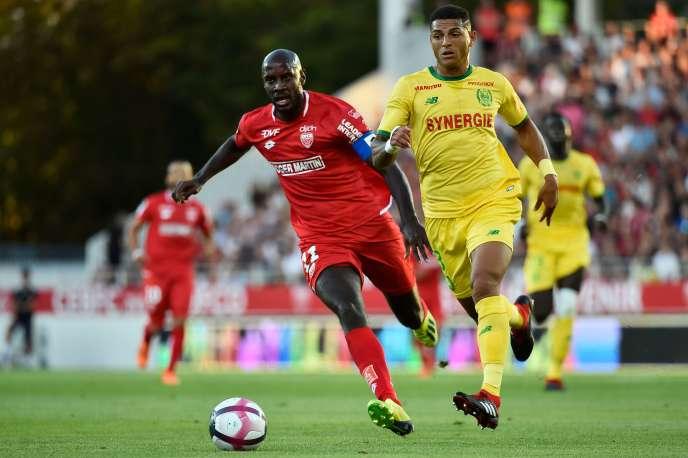 Julio Tavares a inscrit un doublé face à Nantes.