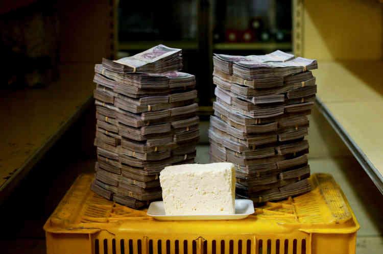 Un kilo de fromage: 7500000bolivars (environ 1,14dollar américain).