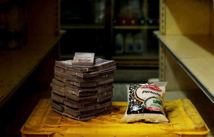 Un kilo de riz: 2500000bolivars (environ 0,38dollar américain).