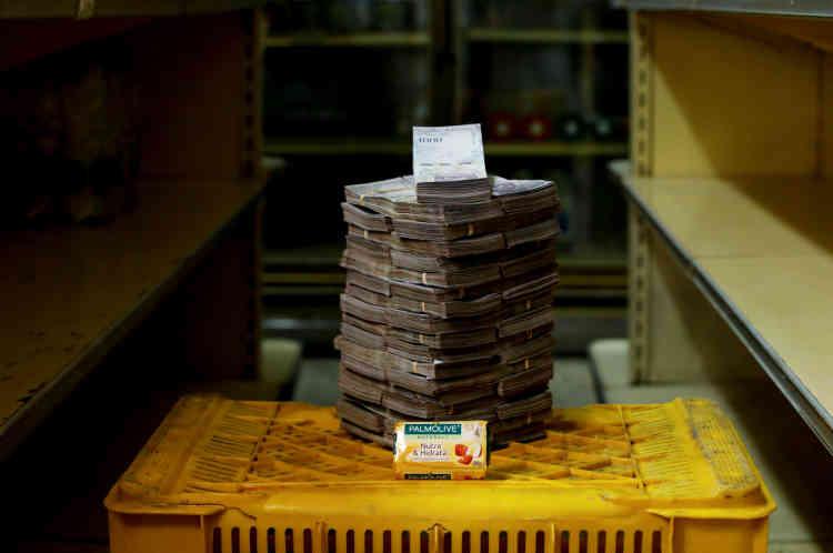 Un savon: 3500000 bolivars (environ 1,2dollar américain).