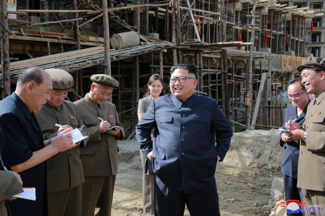 Le dirigeant nord-coréen Kim Jong-un lors d'une visite au nord du pays.