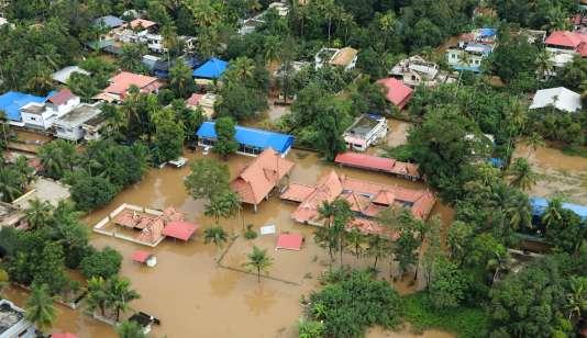 La région de Kerala, dans le sud de l'Inde, a connu d'importantes inondations.