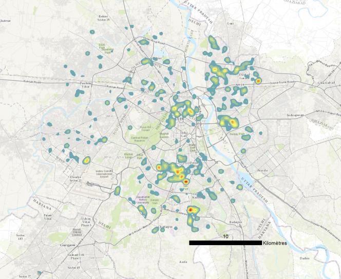 Localisation des pics de densité de cas de dengue enregistrés dans le système de surveillance de New Delhi (Inde), en 2009. Par comparaison avec l'année précédente, il apparaît que, si le nombre de cas est stable, leur géographie diffère fortement. Cela montre qu'on ne peut prédire la localisation des épidémies de dengue à venir en fonction des épidémies passées
