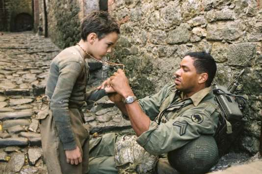Matteo Sciabordi etLaz Alonso dans« Miracle à Santa Anna» (2008), de Spike Lee.