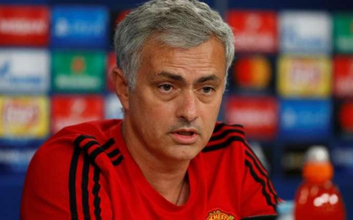 José Mourinho s'en prend à ses dirigeants sur la gestion du mercato