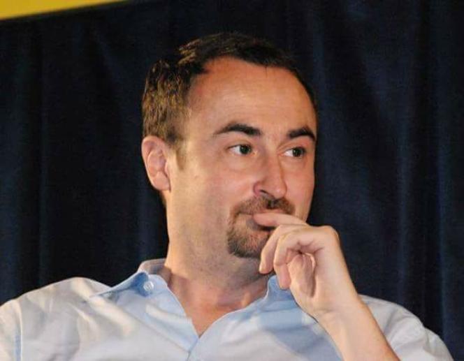 Le journaliste et écrivain Pierre Cherruau.