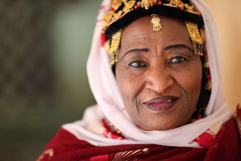 La chanteuse malienne Khaira Arby, à Bamako, en 2014.