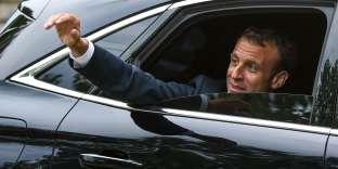 Le président de la République, Emmanuel Macron, arrive au fort de Bregançon (Var), le 3 août.