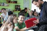 Cet établissement public de région parisienne propose des classes innovantes coopératives où lesévaluations par compétences ont remplacé les notes.
