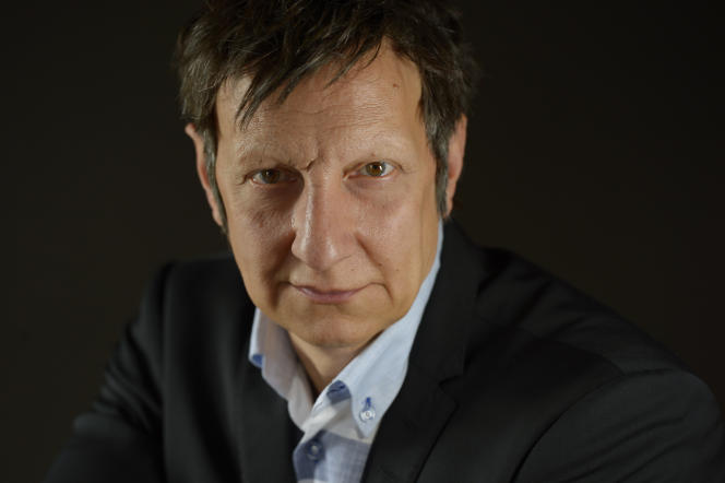 Le metteur en scène québécois Robert Lepage, à Paris, le 7 septembre 2015.