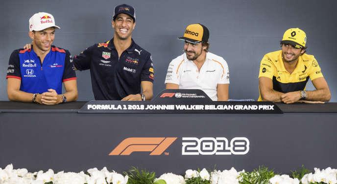 De gauche à droite : Pierre Gasly (Toro Rosso), Daniel Ricciardo (Red Bull), Fernando Alonso (McLaren) et Carlos Sainz Jr (Renault).