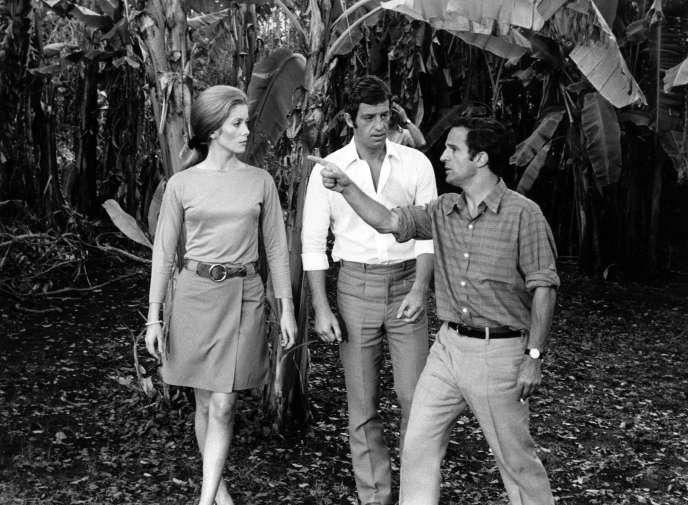 François Truffaut sur le tournage de «La Sirène du Mississipi» (1969), avec Catherine Deneuve et Jean-Paul Belmondo.