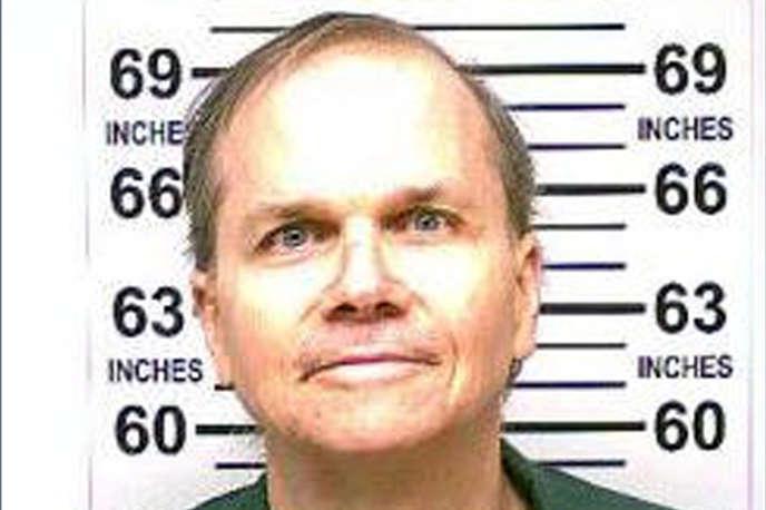 Photo de Mark David Chapman, prise en janvier2018 et diffusée par l'autorité pénitentiaire de l'Etat de New York le 26 juillet.