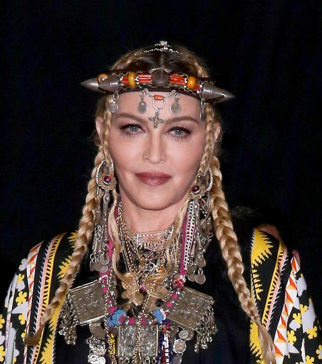 Madonna rendait hommage à la reine de la soul, Aretha Franklin, aux MTV Video Music Awards, le 20 août 2018.