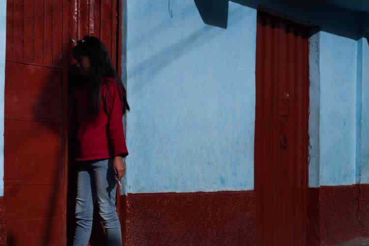 A cause des poussières émises par la fonderie située à quelques mètres des habitations, les enfants et les ouvriers de La Oroya ont des taux extrêmement élevés de plomb dans le sang. Une pollution qui a poussé le gouvernement péruvien à imposer de nouvelles normes auxquelles Renco ne s'est pas plié.