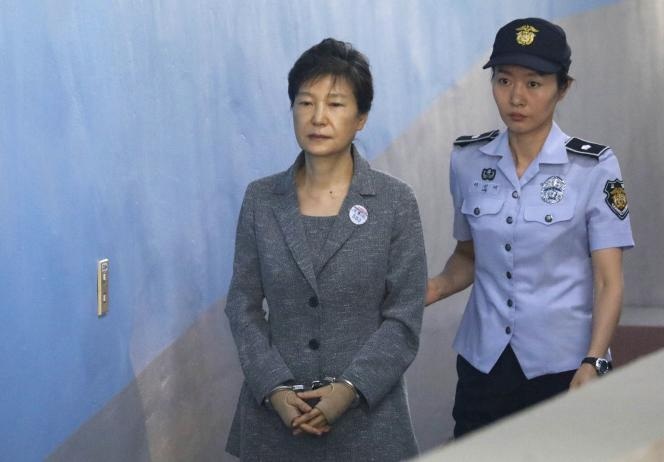 Park Geun-hye au tribunal de Séoul, le 25 août 2017.