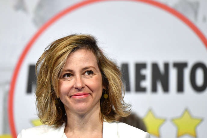 La ministre de la santé, Giulia Grillo, s'oppose à l'obligation vaccinale, lors d'une réunion du Mouvement 5 étoiles, à Rome, le 2 juin.