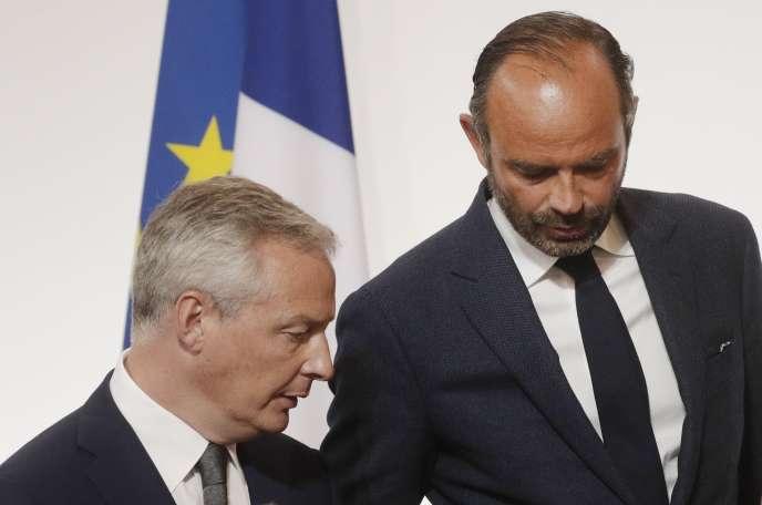Le ministre des finances, Bruno Le Maire et le premier ministre, Edouard Philippe, au palais de l'Élysée, le 27 août.