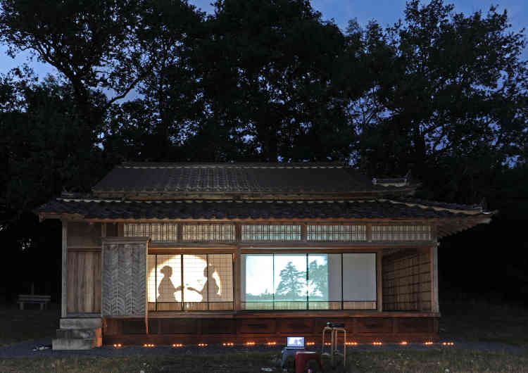 Datant de 1863, cette maison d'hôtes traditionnelle japonaise (kyakuden), conçue sans clous ni vis, a fait le voyage jusqu'en Charente limousine.