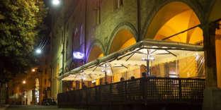 Le Cesarina, restaurant fondé en 1947 à Bologne.