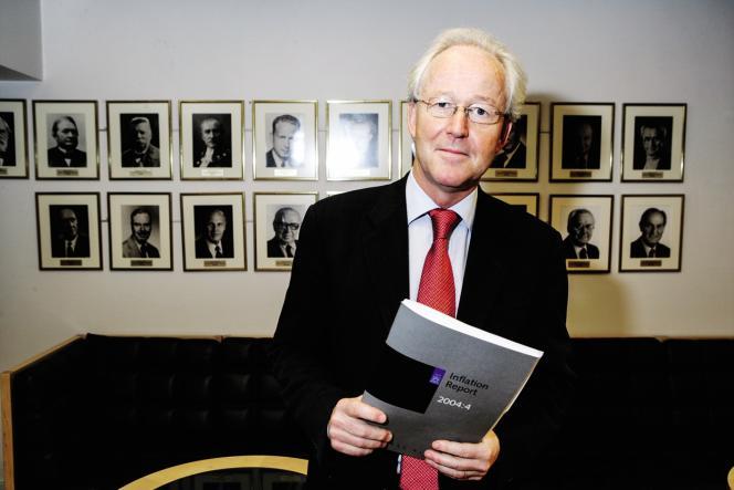 Le directeur général de la Fondation Nobel, Lars Heikensten, en 2004, à Stockholm.